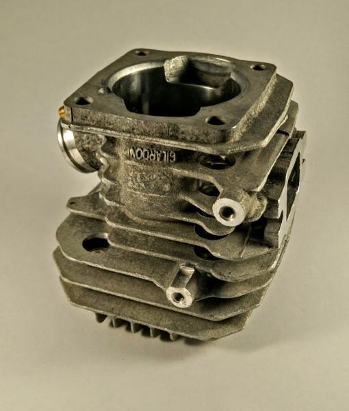 Kolben und Zylinder  D.44